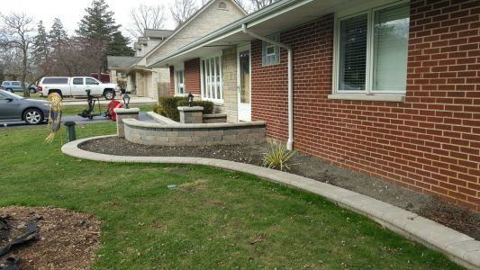 Brick Retaining Walls in Chicago Area by Brick Pavers