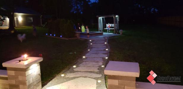 Stone-paved-sidewalk-Hinsdale-il-