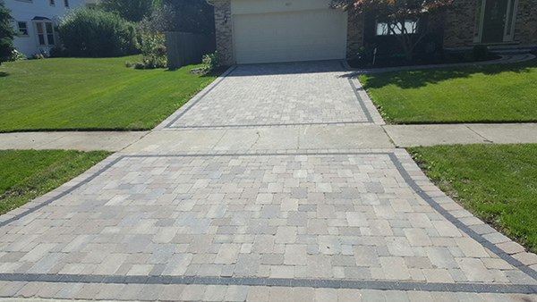 brick paving driveway in glenview illinois